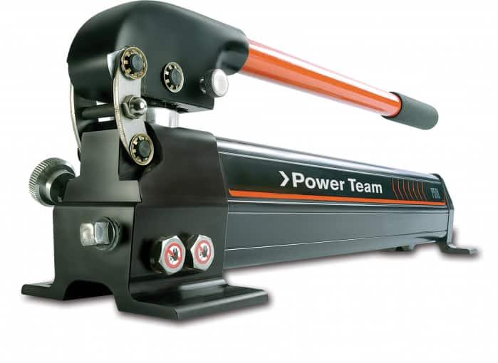 Power TeamP59L on on kevyt käsipumppu